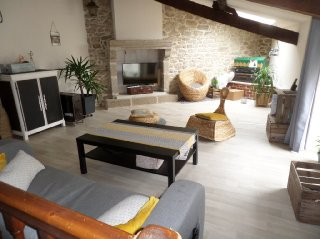 Location  LA VERRIE appartement 4 pieces, 131m2 habitables, a LA VERRIE