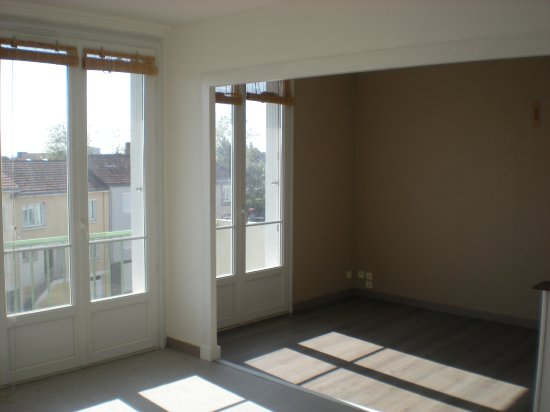location appartement CHOLET 3 pieces, 57m